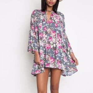 UMGEE Women's Small Tunic Gray Floral Dress